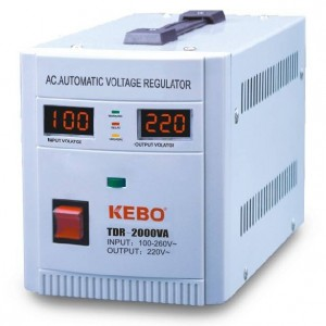 AVR Стабилизатор напряжения 2000VA, TDR-2000VA